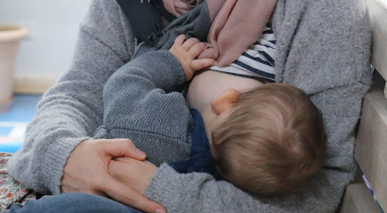 Clusterfeeding, Lagerfeuerstillen, Stillen