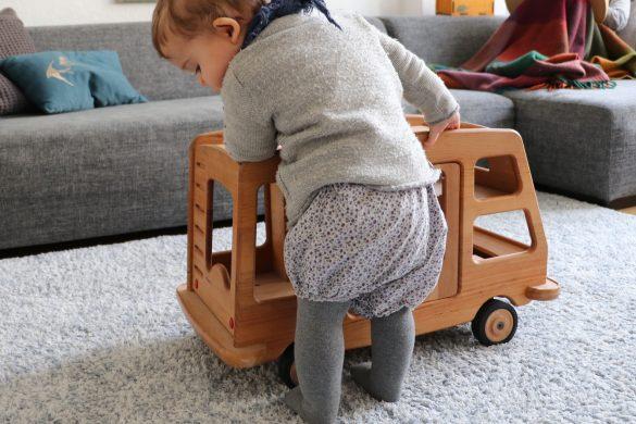 Holzspielzeug, Wagen, Auto, Lauflernwagen, Campingwagen